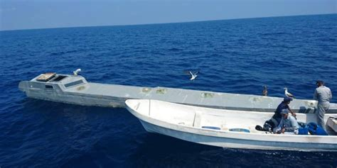 fast boats drugs drug smugglers are using military stealth technology to