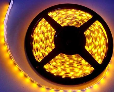 Pelapis Lcd Laptop jual lu led kuning yellow smd 3528 5 m