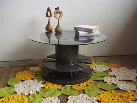 repurposed table top ideas wooden cable spool table 40 upcycled furniture ideas