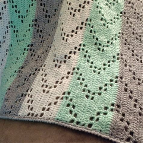 zig zag crochet pattern how to austere twist zig zag crochet baby blanket free pattern