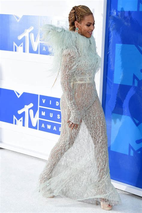Should Perform At The Vma Awards Again by Beyonc 233 S Feminist Symbolism As She Performs Lemonade At