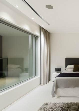 curtain recessed pelmet master bedroom villa escarpa