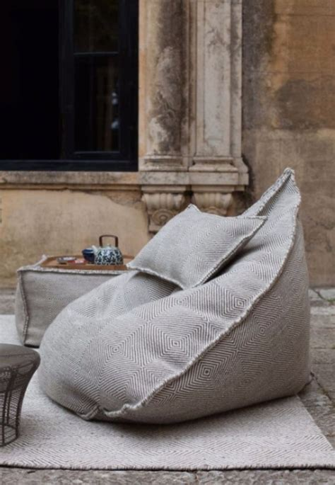 bean bag sofa chair best 25 oversized bean bag chairs ideas on pinterest
