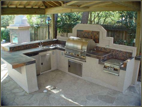 diy backyard kitchen outdoor kitchen ideas patio outdoor kitchens pictures