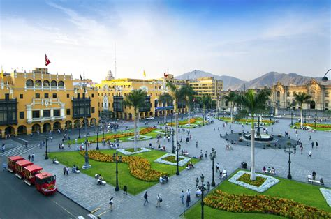 Pictures Of Lima by Traveling To Lima The Capital Of Peru
