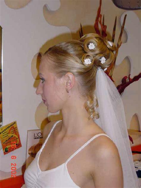 Ihre Hochheit by Hochzeitsfrisuren Brautfrisuren