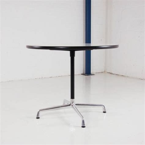 Eames Meeting Table Charles Eames Meeting Table By Vitra 900mm Diameter White Table Circular Table