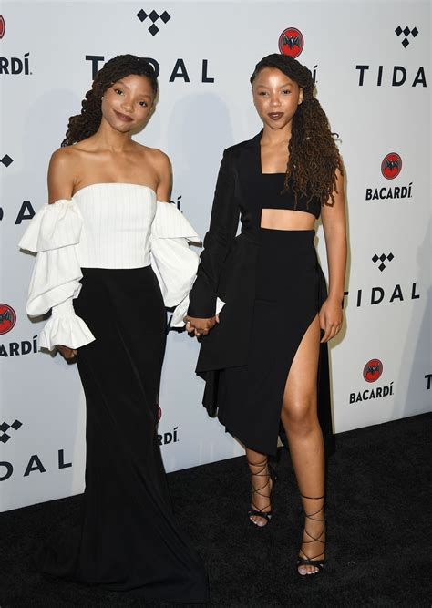 chloe and halle bailey feet chloe x halle are the best dressed sisters in the industry