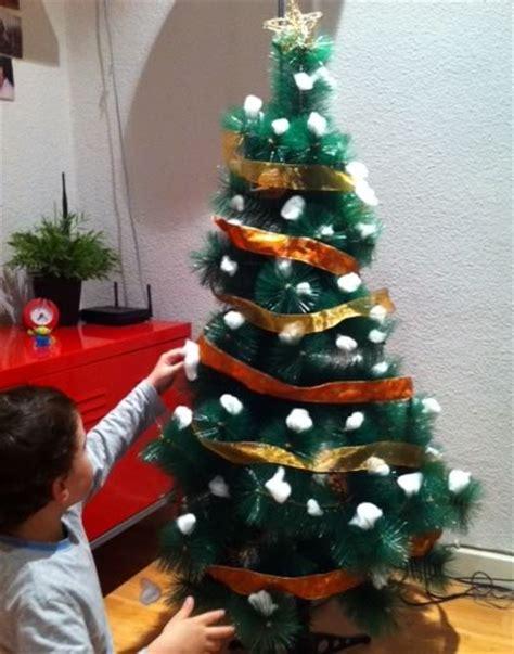 decorar un rbol de navidad sencillo decoraci 243 n casera 225 rboles de navidad manualidades