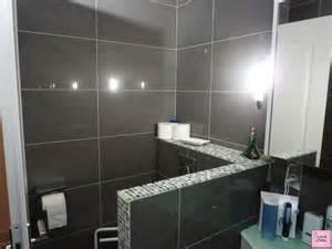 indogate salle de bain faience blanche