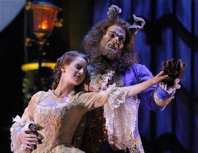 imagenes musical bella y bestia entradas la bella y la bestia el musical de stage