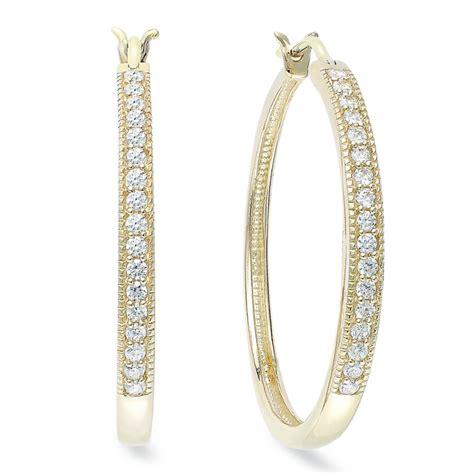 Allen Dons Gold Ribbed Hoop Earrings A La Hilary Duff by Palladium Yellora Hoop Earrings 12 Ct Tw In Gold
