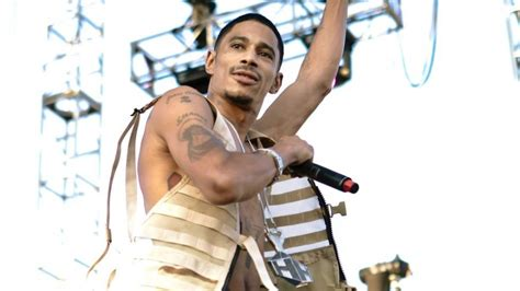 bone recall layzie bone recalls tupac interrupting his verbal fight with suge hiphopdx