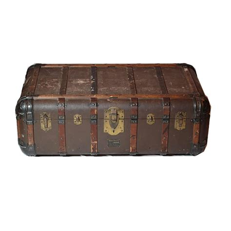 Antique Trunk Coffee Table Antique Steamer Trunk Coffee Table Side Table Circa 1900 At 1stdibs