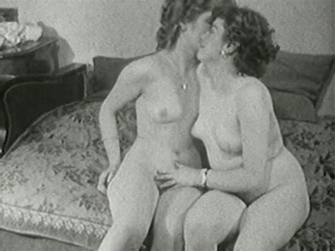 Lesbian licking movie pussy