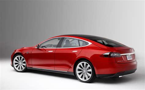Type S Tesla Tesla Motors Is A Robotic Snake Charger That