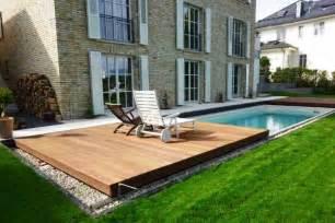 schwimmbad selbst bauen pool selber bauen kunstrasen garten