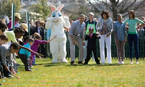 first white house easter egg roll president barack obama first lady michelle obama and