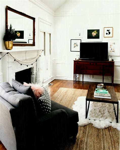 livingroom tv placement in small living room with