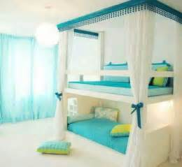 How Much To Decorate A Bedroom by Best 20 Light Green Bedrooms Ideas On Green Bedroom Green Bedroom Decor And