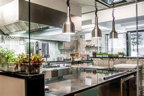 ristorante la cucina piazzetta mil 249 a castellammare di stabia