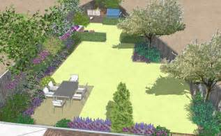 Triangular Shaped Garden Design Ideas Triangle Shaped Garden For For The Whole Family Bea Ray