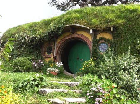 hobbit hole house how to make your very own hobbit hole