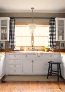 Curtain Ideas For Kitchen Windows 25 Best Ideas About Kitchen Curtains On Kitchen Window Treatments Kitchen Valances