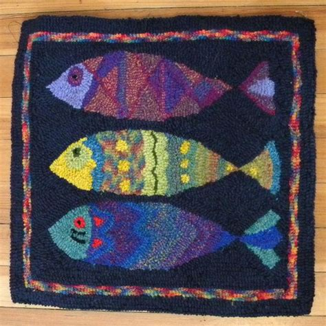 rug hooking pattern 17 best ideas about rug hooking patterns 2017 on rug hooking rug hooking designs