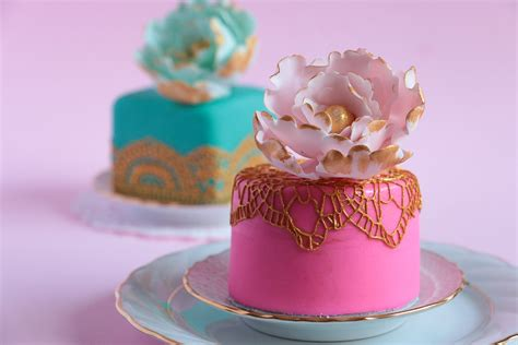 Kleine Torten by How To Make Mini Fondant Cakes Rosie S Dessert Spot