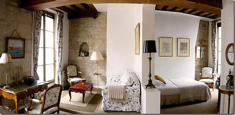 Curtains For My Living Room - cote de texas a few cute apartments in paris