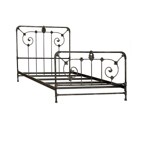 Black Cast Iron Bed Frame 25 Best Ideas About Iron Bed Frames On Pinterest Metal Bed Frames Metal Beds And Iron