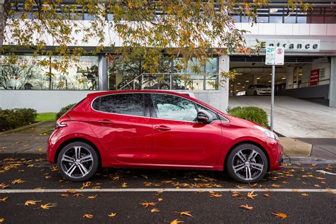 peugeot new cars 2016 2016 peugeot 208 gt line review photos caradvice