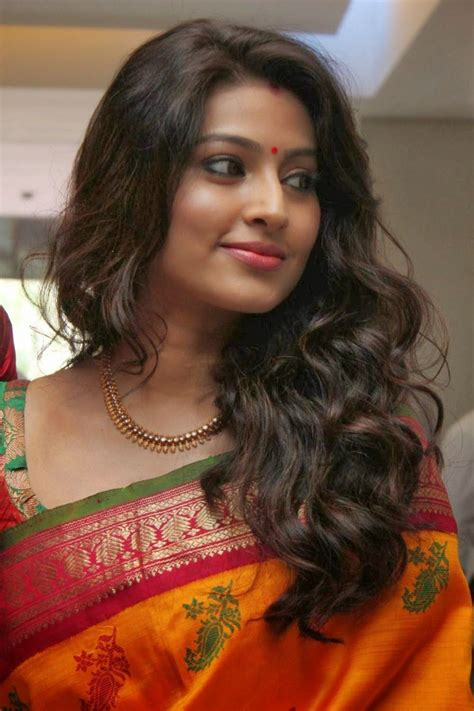 sneha heroine photos hd sneha saree photos indin actress pinterest saree