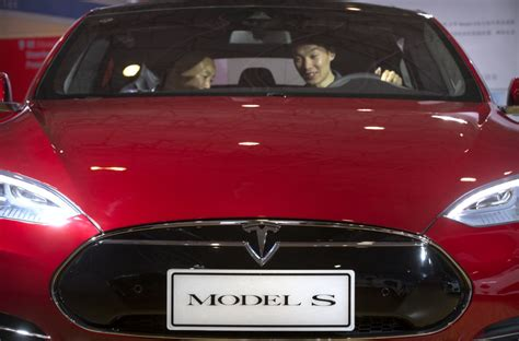 Tesla Model S Issues Tesla Denies Safety Problem With Model S Suspensions The