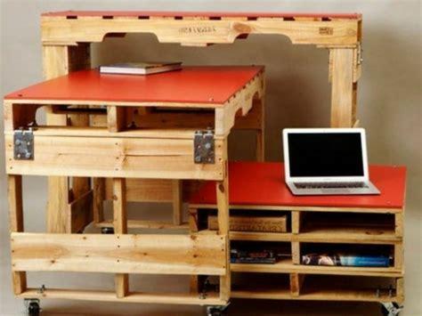 fabriquer bureau soi m麥e bureau en palette mod 232 les diy et tutoriel pour le