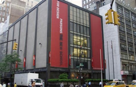 fashion design new york university five best fashion colleges