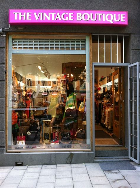 Bling Me Out Thrifty Boutique the vintage boutique thrift stores stockholm sweden