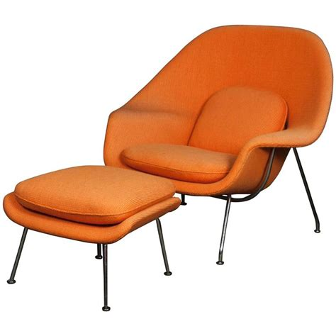 womb chair ottoman eero saarinen womb chair and ottoman for knoll at 1stdibs
