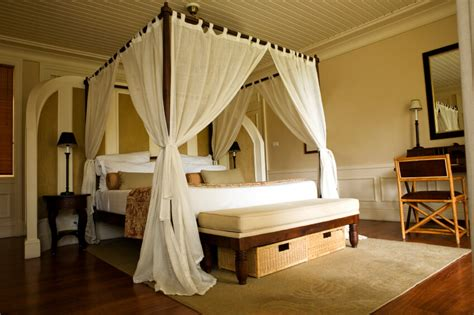 bedroom canopy 18 master bedrooms featuring canopy beds and four poster