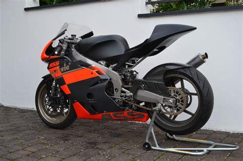 Motorrad Reifen Umziehen by Leichtgewicht Kawasaki Zxr 400 Vom Stra 223 En Zum Rennumbau
