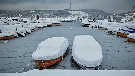 living on a boat tips 10 winter survival tips for living on a boat owatrol usa