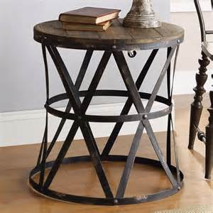 Rustic Accent Table 25 Best Ideas About Rustic Side Table On Master Master Rustic Bar Carts And