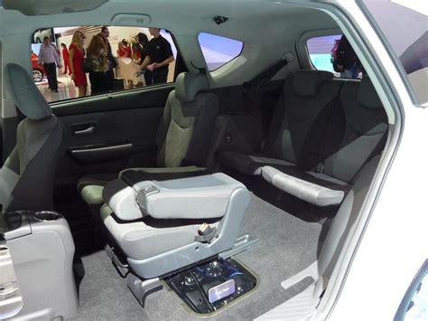 Toyota Prius Plus Interior by Salon Internacional Automovil De Frankfurt 2011