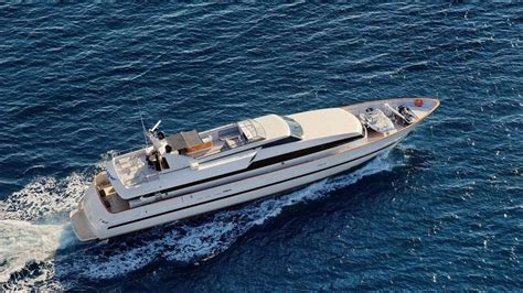 charter boat obsession falcon image gallery the 27m yacht pouaro galley