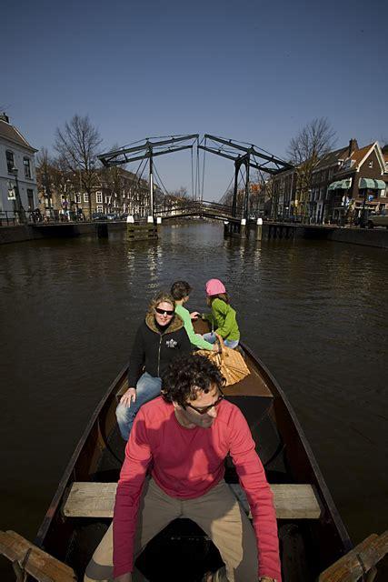 roeiboot in english klassieke roeiboot 6pers kano roeiboot schiedam