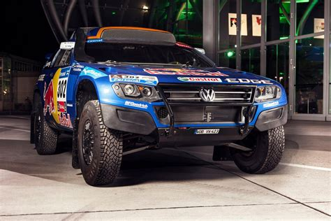 volkswagen dakar when the vw race touareg dominated dakar