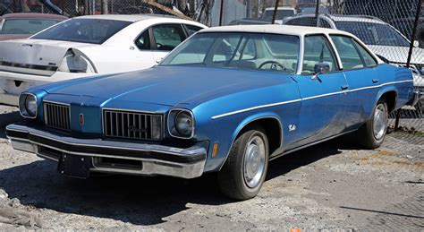 Four Door Sedan by File 1975 Oldsmobile Cutlass Four Door Sedan Jpg