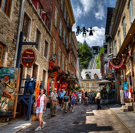 shopping in old quebec anne mckinnell photography