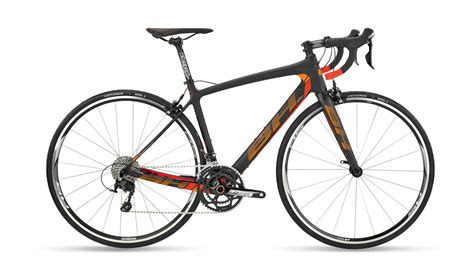 Hutchinson Tires Quartz road bikes for rent cycling in puglia